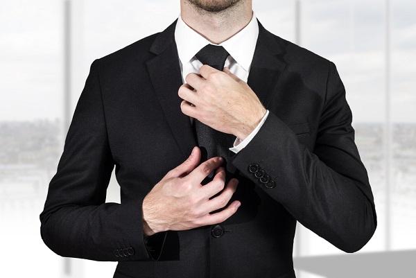 یک مدیر موفق چگونه باید لباس بپوشد؟