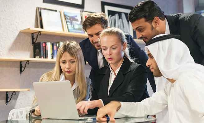 برقرای ارتباط در یک محیط کار متنوع و چند فرهنگی