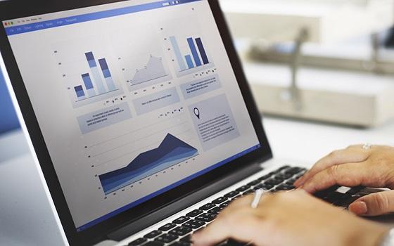 کسب درآمد اینترنتی: راهی آسان برای پولدار شدن